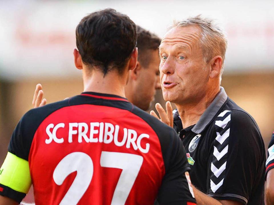 Wird Nicolas Höfler am Samstag in der ...r Christian Streich eine  Möglichkeit.  | Foto: dpa