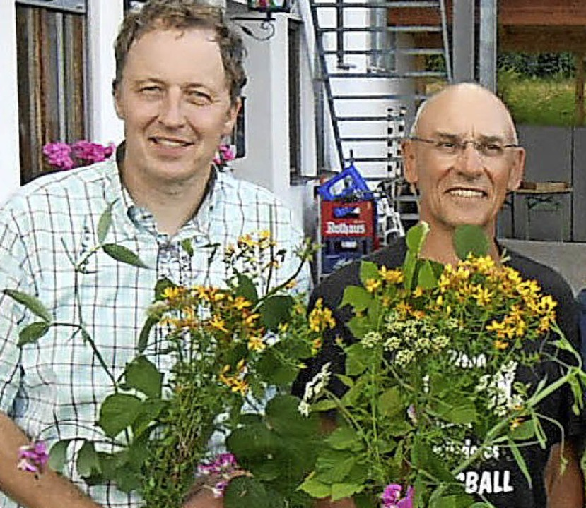 Jochen Straub (links) und Anabhra Humb... ihren ersten Alleinflug hinter sich.   | Foto: LG Hotzenwald