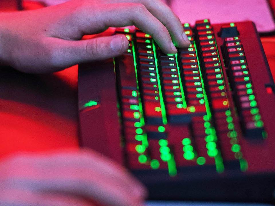 Möglicherweise werden die Produktivitä...ernet oder neue Software überschätzt.   | Foto: DPA