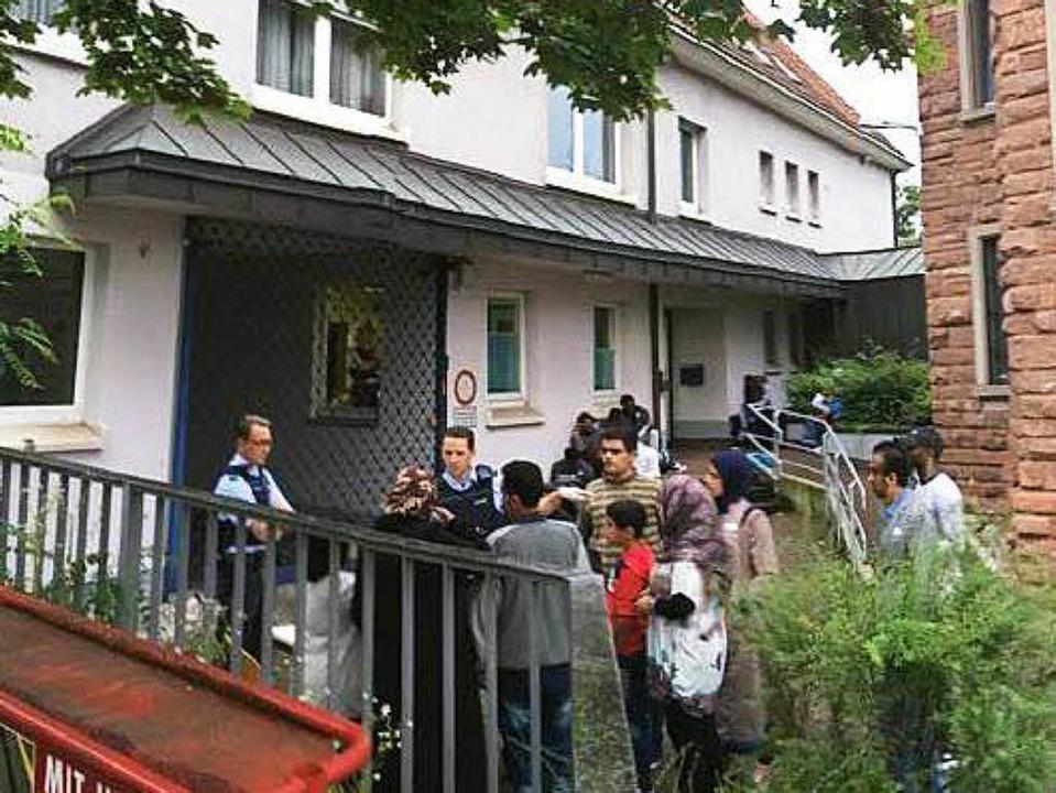 19 Asylsuchende kamen am Donnerstag in Weil an.   | Foto: Polizei