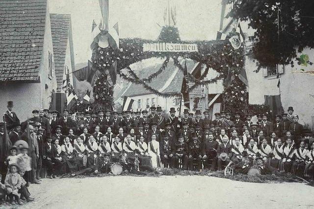 Wer kann sagen, wo dieses historische Foto entstanden ist?