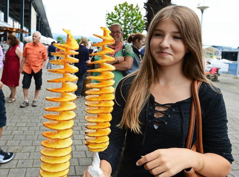 Kartoffeln am Stiel.  | Foto: Rita Eggstein