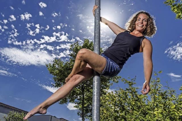 40-Jährige aus Rust gibt Pole-Dance-Kurse