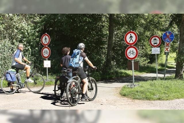 15 Strafzettel für Radler, die auf gesperrtem Weg fahren
