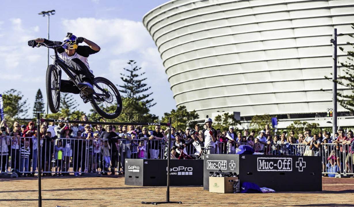Der schottische Trialsuperstar Danny MacAskill kommt zum Bikefestival Basel.   | Foto: ZVG
