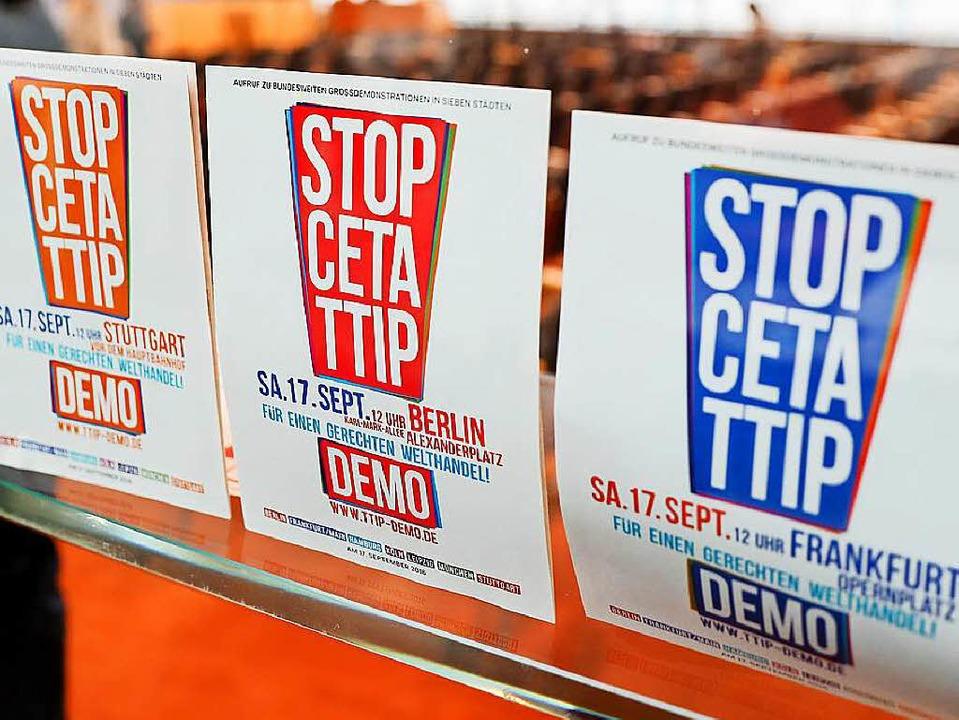 Die in Berlin vorgestellten Plakate fo...en in mehreren deutschen Städten auf.   | Foto: dpa