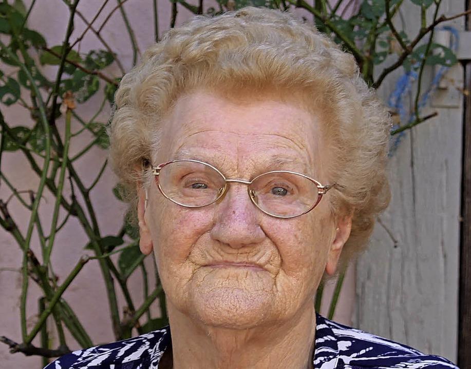 Rosa Isele feiert am 25. August ihren 85. Geburtstag.  | Foto: Adelbert Mutz