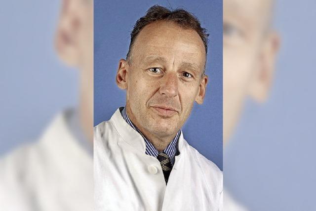 Neuer Chefarzt für Wirbelsäulenchirurgie