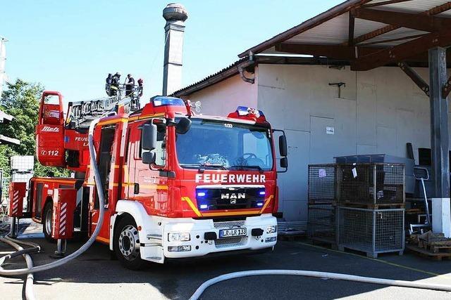 Feuerwehr Lahr löschte parallel zwei Brände