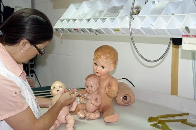 Reparaturen von Puppen, Teddybären und Modellbahnen in Lenzkirch