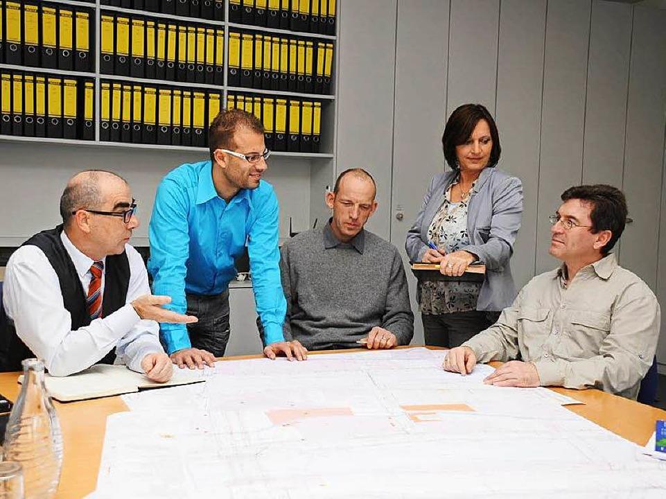 Teamarbeit spielt bei regioDATA eine wichtige Rolle.  | Foto: Promotion