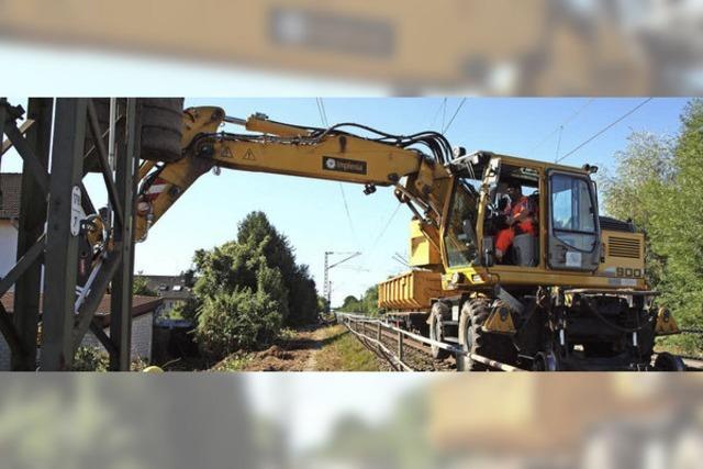 Bauarbeiten an der 1690 Meter langen Lärmschutzwand an der Bahntrasse haben begonnen