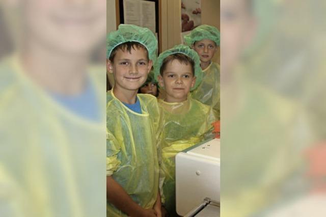 Kinder auf Visite im Spital