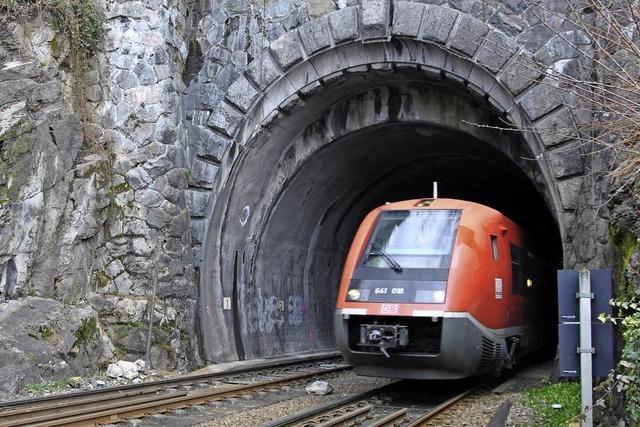 Wegen Arbeiten am Tunnel bleiben die Züge stehen