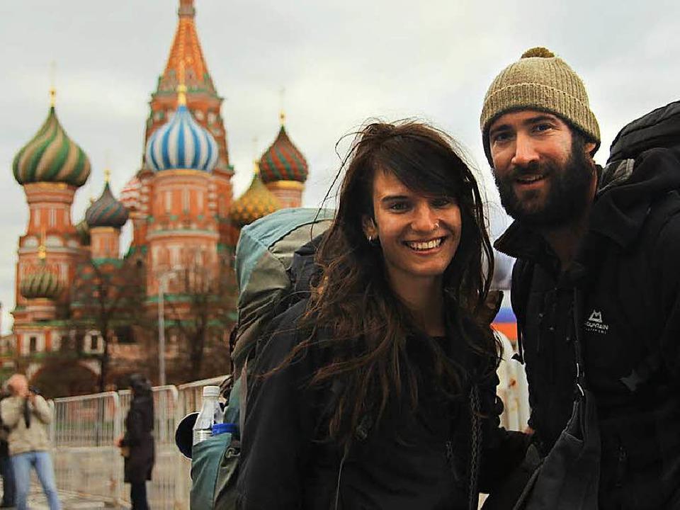 Gwen Weisser und Patrick Allgaier auf dem Roten Platz in Moskau  | Foto: Patrick Allgaier
