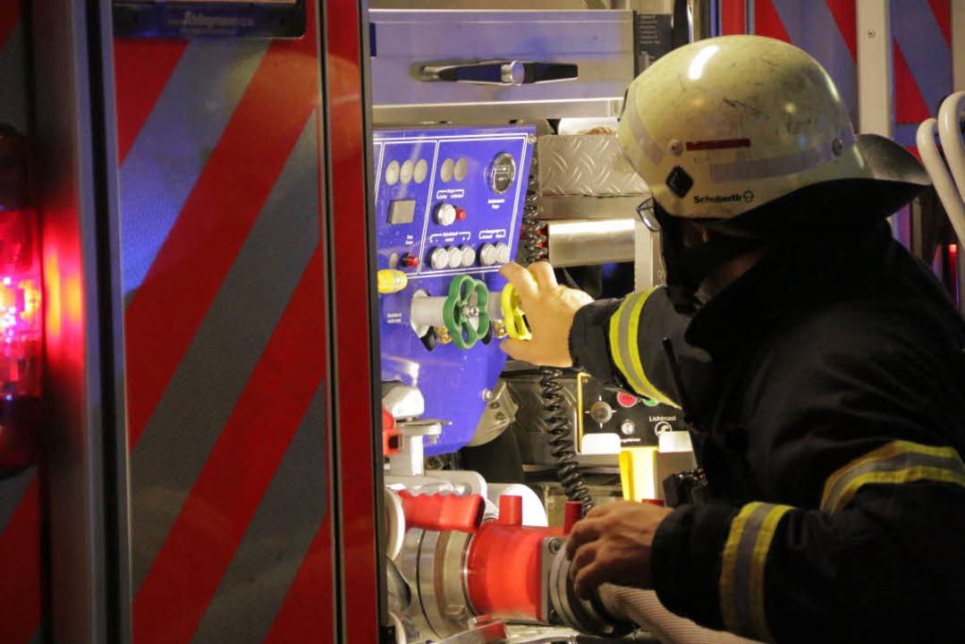 Feuerwehrmann im Einsatz  | Foto: Konstantin Görlich