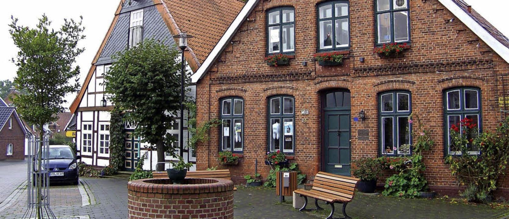 Typisch ist die Backsteinarchitektur in Freiburg an der Elbe.  | Foto: Hans Sigmund