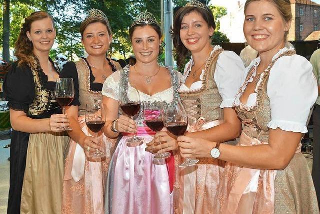 Heißer Auftakt bei Badens größtem Weinfest