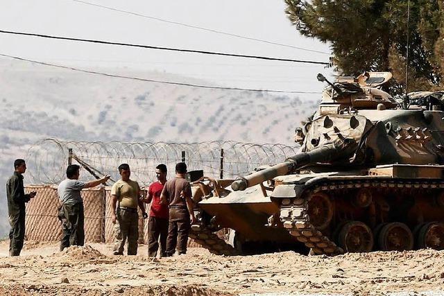 Die türkische Armee marschiert in Syrien weiter vor