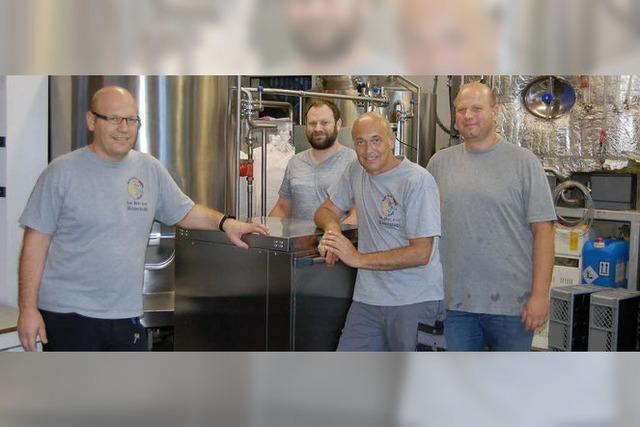 Vier Freunde und ein Bier