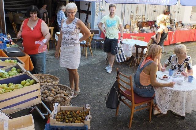 Flohmarkt auf dem Bauernhof