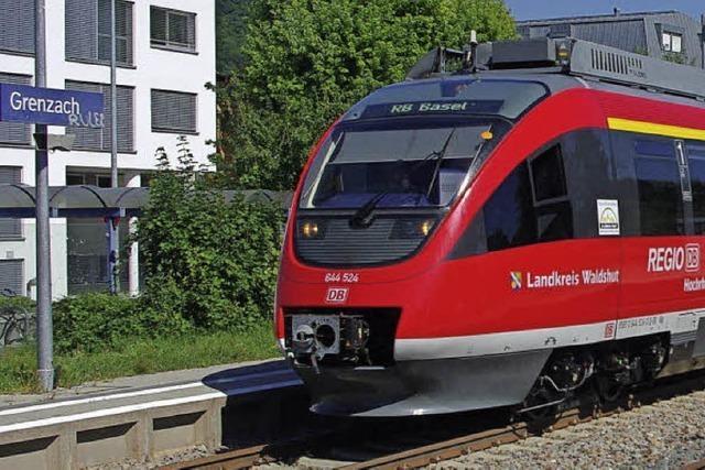 Neue Triebzüge fahren am Hochrhein