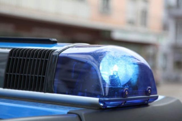 Illegales Straßenrennen in der Hauptstraße in Fahrnau