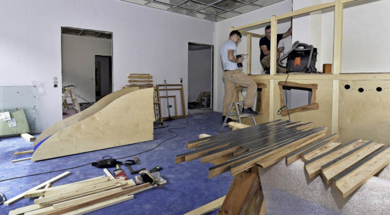 In der neuen Kita Sternwald wurde in d...er beim Aufbau eines Kletterpodestes.   | Foto: Thomas Kunz