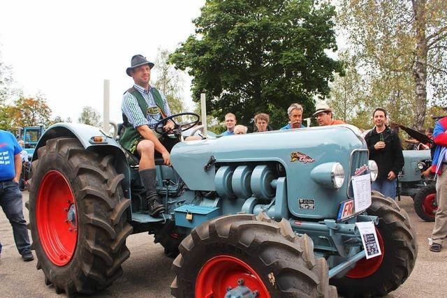 Eicher-Treffen in Schluchsee: Traktorenfans feiern ihre Lieblingsmarke
