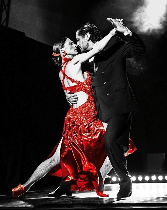 Tango in Perfektion zeigen Nicole Nau ...;s natürlich auch eine Nummer kleiner.  | Foto: Promo