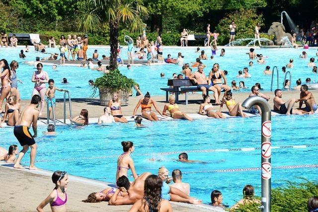 Schöner Spätsommer: Freiburger Strandbad bleibt noch länger geöffnet