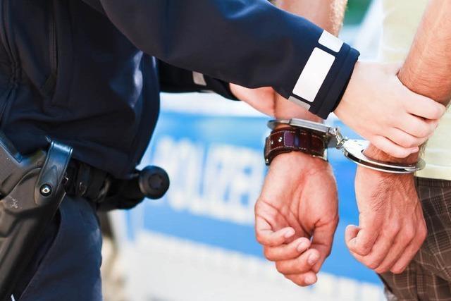 Polizei erwischt 18-jährige Kioskeinbrecher auf frischer Tat