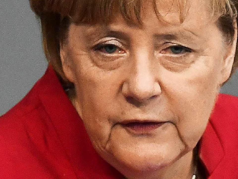 Die Kanzlerin im Bundestag.    Foto: AFP