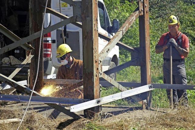Netze BW ersetzt die 128 Masten der 110-kV-Leitung zwischen Gurtweil und Ryburg-Schwörstadt