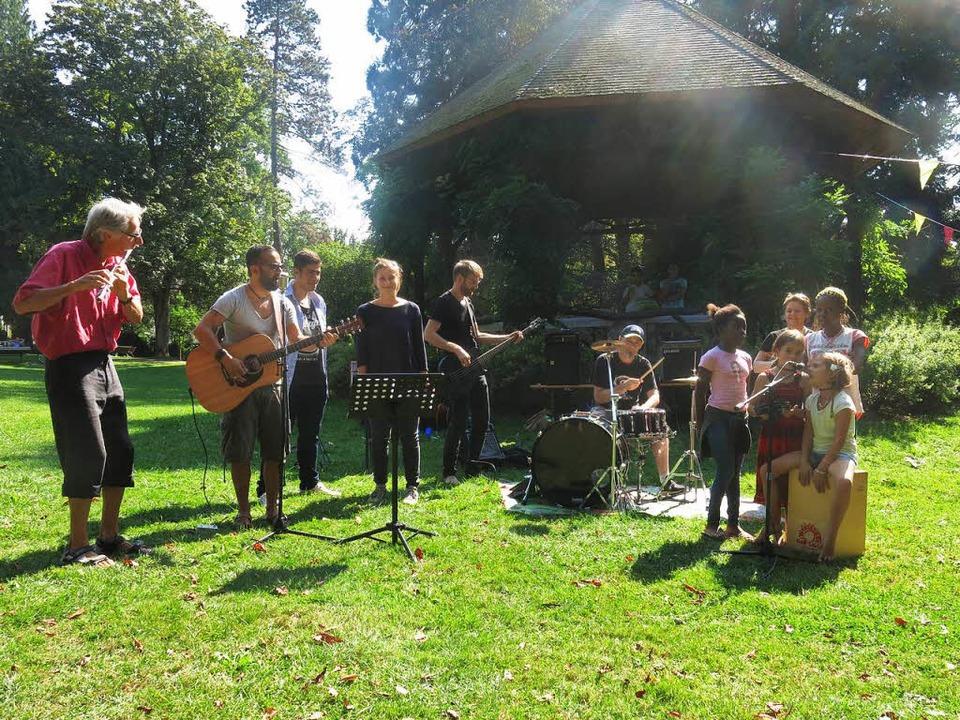 Come Together Band beim internationalen Picknick  | Foto: Georg Voß