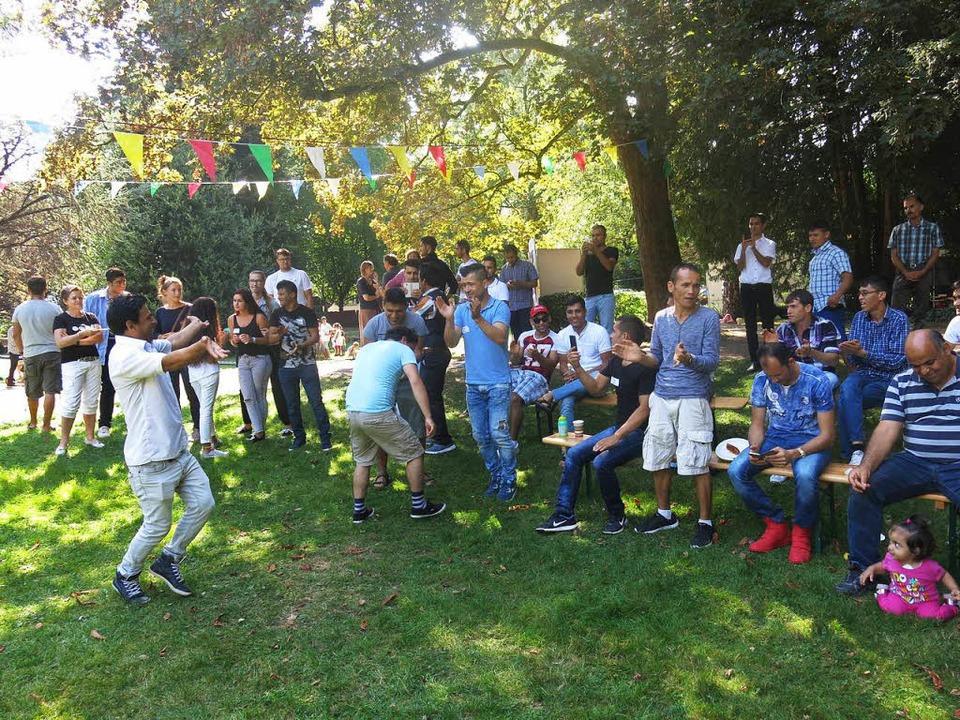 Auch Tanz war beim Picknick im Stadtgarten angesagt  | Foto: Georg Voß