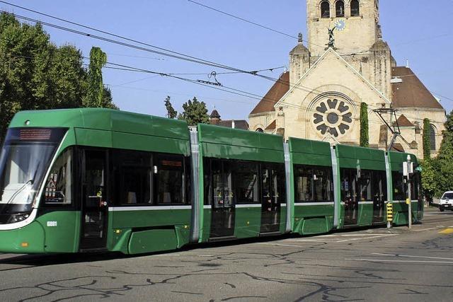 Erster kurzer Flexity fährt in Basel