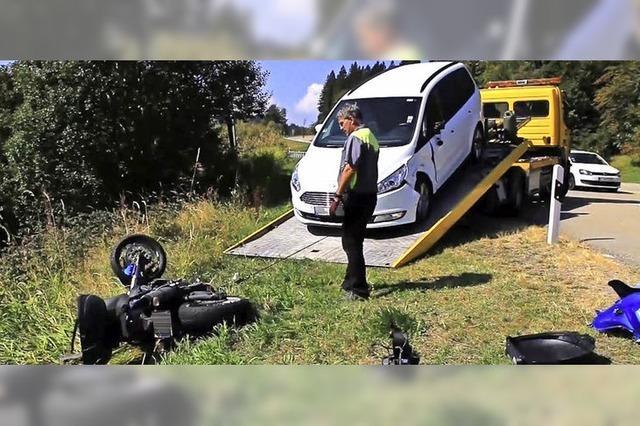 Motorradfahrer verletzt