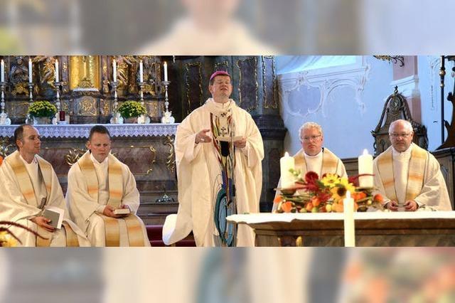 Erzbischof in der Wallfahrtskirche