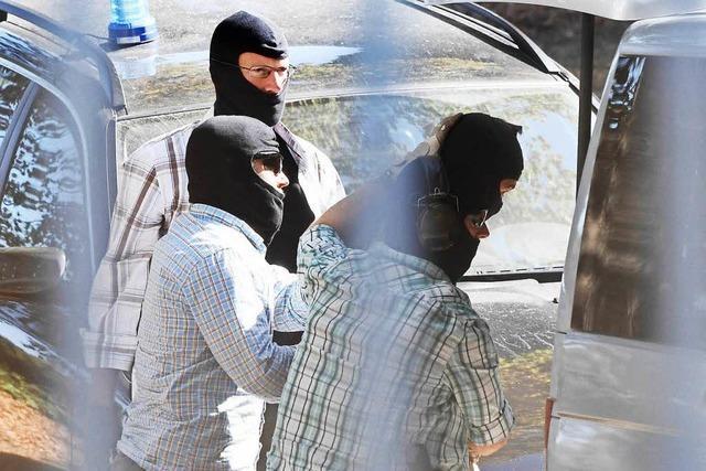 Polizei nimmt IS-Schläfer in Norddeutschland fest
