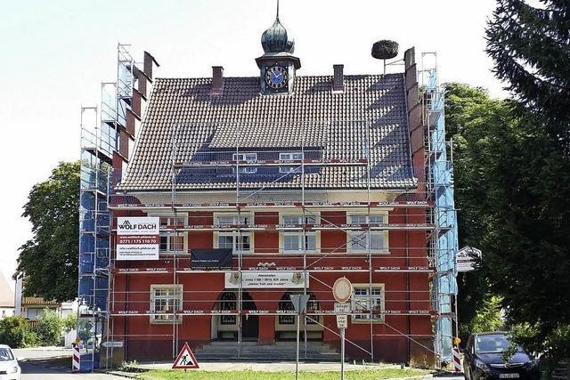 Baustart frei fürs rote Rathaus