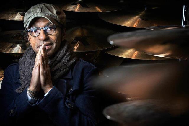 Manu Katché kommt nach Freiburg zum Jazzfestival