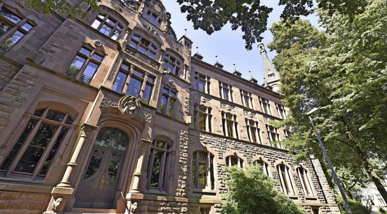 Das 1904 gegründete Friedrich-Gymnasium in Herdern zählt heute 375 Schüler.   | Foto: Michael Bamberger