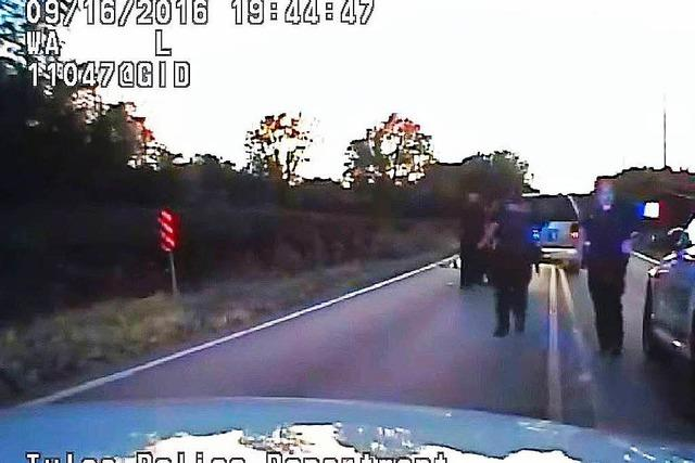 US-Polizistin erschießt unbewaffneten Schwarzen