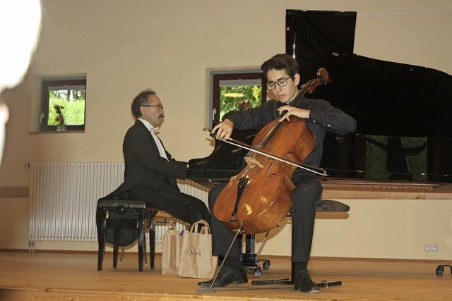 Cello-Sonaten mit Vater und Sohn