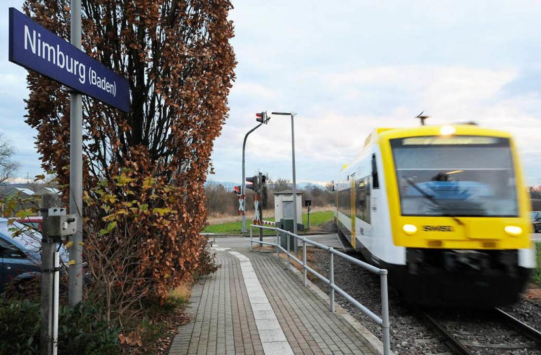 Am Bahnhof in Nimburg soll ein zweites... aus beiden Richtungen kreuzen können.  | Foto: Markus Zimmermann