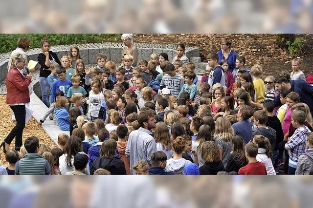 Gemeinde erfüllt einen Kinderwunsch