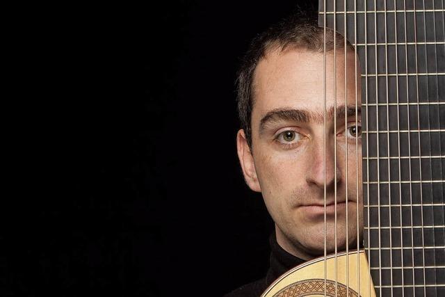 Admir Doçi - virtuoser Meister für Neue Musik - konzertiert in Tiengen