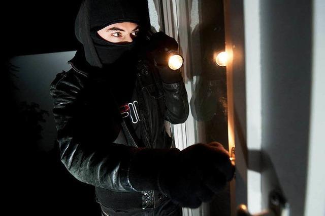 Deutsche rüsten gegen Einbrecher auf