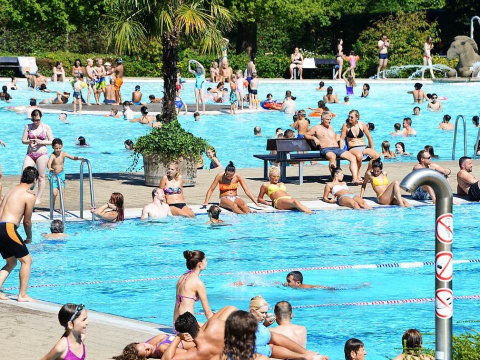 Der Wetterbericht verspricht warmes We... Strandbad könnte es dann so aussehen.  | Foto: Rita Eggstein